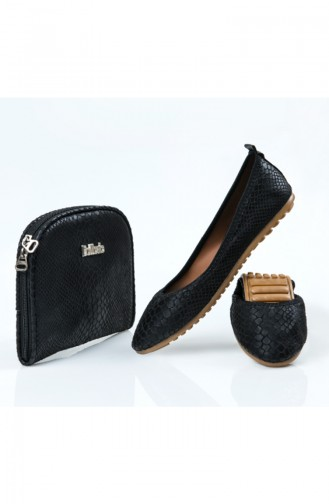Black Woman Flat Shoe 07