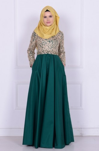 Robe de Soirée Bordée de Perles 6306-01 Vert 6306-01