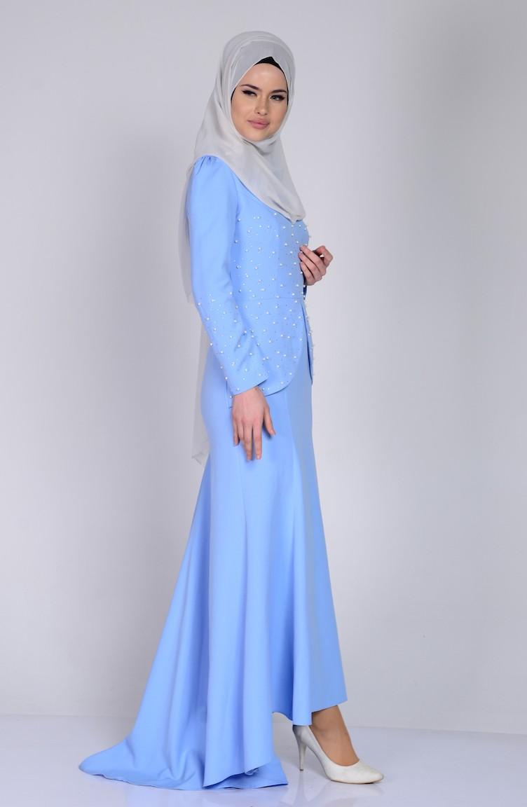 Kleide mit Perlen 17-17 Baby Blau 17-17