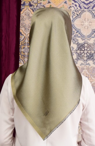 Light Green Snap-Fastener Scarf 09
