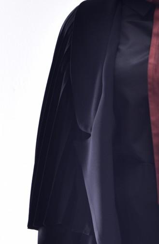 معطف لون اسود بتفاصيل بطيات  8456-01