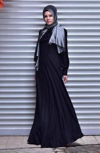فستان مُزين بتفاصيل من اللؤلؤ 30354-01 لون أسود 30354-01
