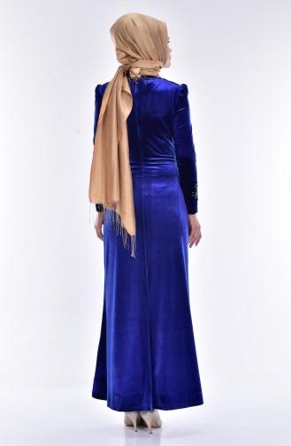فستان مخمل بتفاصيل من الؤلؤ والدانتيل 7010-03