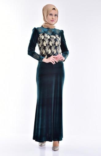 Bedrucktes Samt Kleid mit Spitzen 7010-05 Smaragdgrün 7010-05