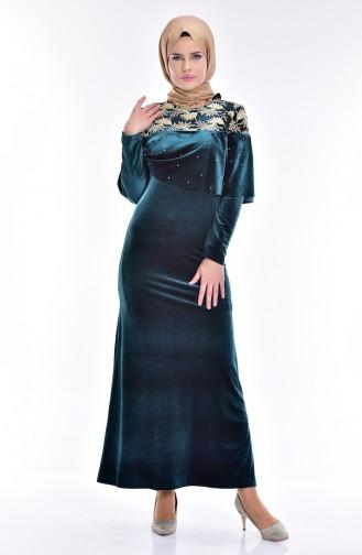 فستان مخمل بتفاصيل من الؤلؤ والدانتيل 7011-03