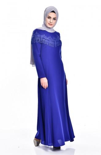 فستان مزين بتفاصيل من الدانتيل والشراشيب  7537-04
