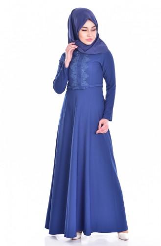 فستان بتفاصيل مُطرزة  1003-02