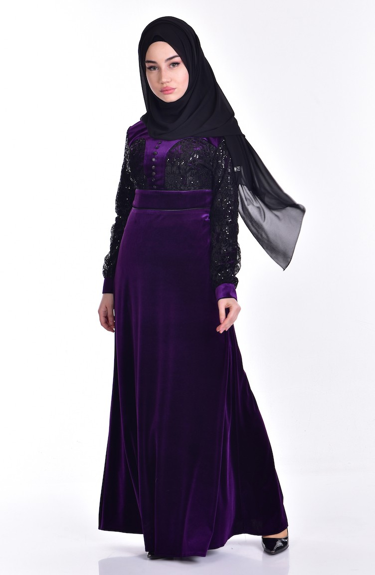8a4b6b31f فستان مخمل بتفاصيل من الدانيل والترتر 7867-01