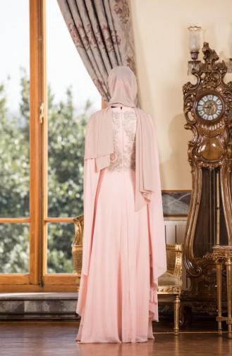 فستان شيفون يتميز بتفاصيل من الدانتيل  7204-01