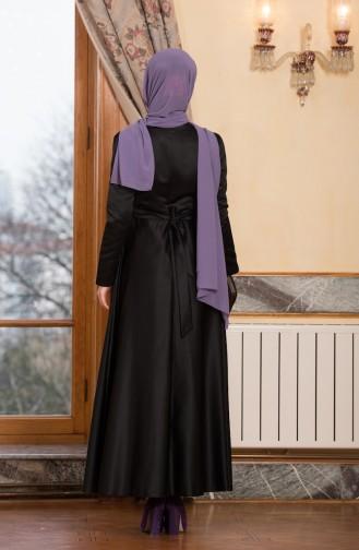 Gefalltetes Abendkleid mit Gürtel 3025-02 Schwarz 3025-02