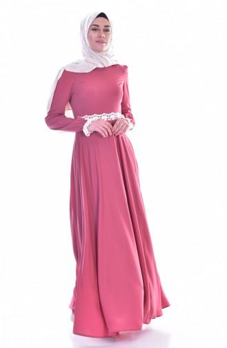 فستان بتصميم سادة بتفاصيل من الدانتيل  0038-01