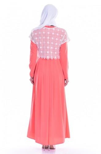 فستان بتصميم حزام للخصر مُزين بالدانتيل 1613122-01 لون مُرجاني وبيج فاتح 1613122-01