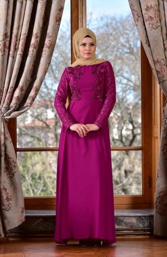 فستان بتصميم مزين بتفاصيل مرصعة ومن الدانتيل  1713198-01