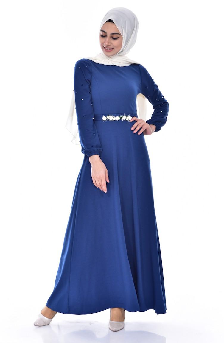 Kleid blau perlen