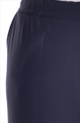 في مودا بنطال بتصميم مطاط عند الخصر وجيوب بمقاسات كبيرة 3103-05 لون أسود 3103-05