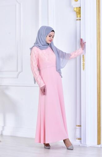 فستان  بتفاصيل مرصعة ومن الدانتيل  1713179-02