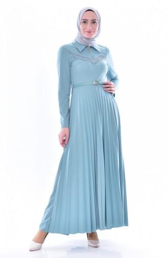 فستان بتصميم حزام للخصر وطيات يتميز بتفاصيل من الدانتيل  0543-03