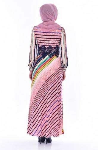 فستان بتفاصيل من الدانتيل بتصميم مُخطط 2309-03 لون مُرجاني 2309-03