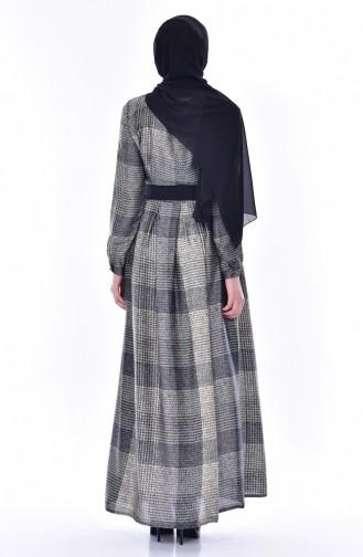 Gefaltetes Kleid mit Gürtel 1550-02 Schwarz 1550-02
