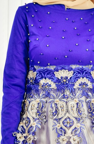 فستان سهرة يتميز بتفاصيل من الدانتيل والؤلؤ 3115-01 لون ازرق 3115-01