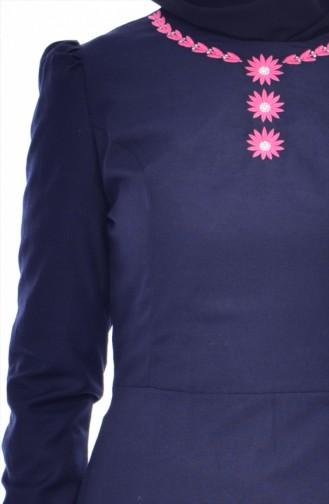 Kleid mit Stickerei 7191-03 Dunkelblau 7191-03