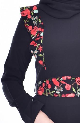 فستان بحزام خصر وتفاصيل من الدانتيل 3376-01 لون أسود 3376-01