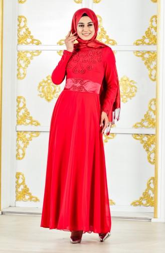 فستان سهرة يتميز تفاصيل من الؤلؤ 1002-04 لون احمر 1002-04