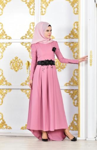 فستان بحزام خصر مُزين ببروش وردة 1704-01 لون وردي باهت 1704-01