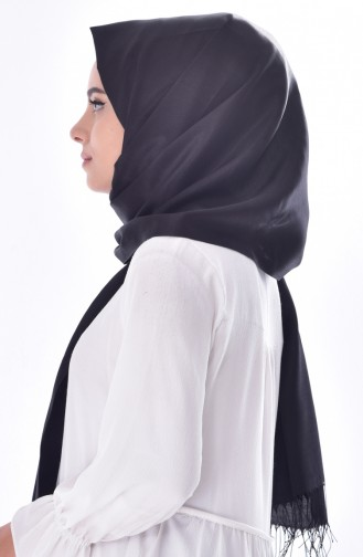 Black Snap Fastener Shawl 01