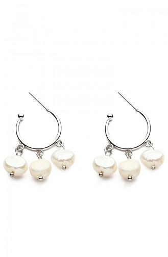 White Earring 7675