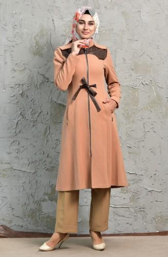 معطف بتصميم موصول بقبعة وحزام للخصر  1138-01 لون مشمشي 1138-01