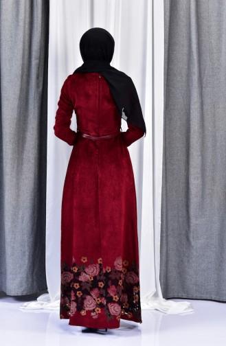 فستان مخمل يتميز بتصميم حزام للخصر 3030-02 لون خمري 3030-02