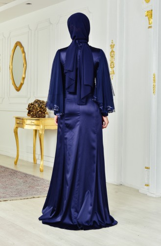 فستان يتميز بتفاصيل من الترتر 1444-01 لون كحلي 1444-01