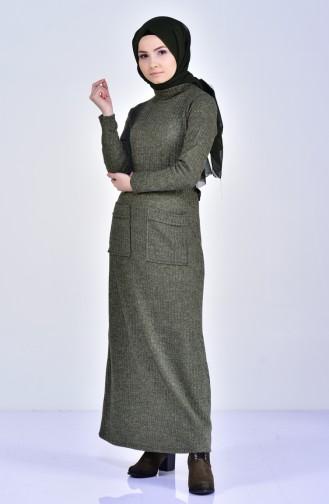 فستان تريكو بتصميم ياقة بولو 1702-03 لون اخضر كاكي 1702-03