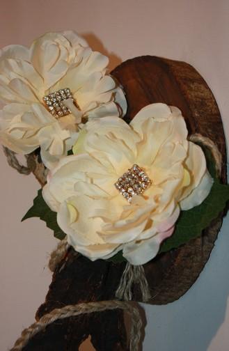 Ecru Bridal Hair Accessories 2