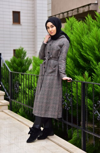 Bir kız için dış giyim: ne olması gerektiği