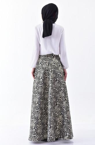 تنورة كلوش بتصميم مُطبع 7228-02 لون اسود 7228-02