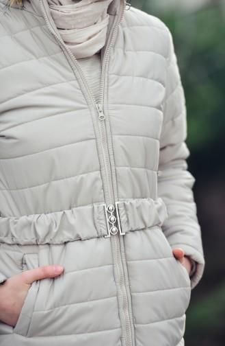 Beige Coats 1901-02