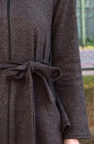كاب بتصميم حزام للخصروسحاب 6181-04 لون بني داكن مائل للرمادي 6181-04