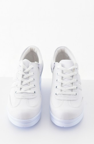 White Sport Shoes 0101