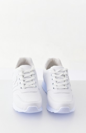 White Sport Shoes 0777