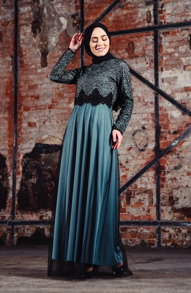 82ad1ff8320c4 فستان سهرة بتفاصيل من الدانتيل 3851-05 لون اخضر فاتح 3851-05