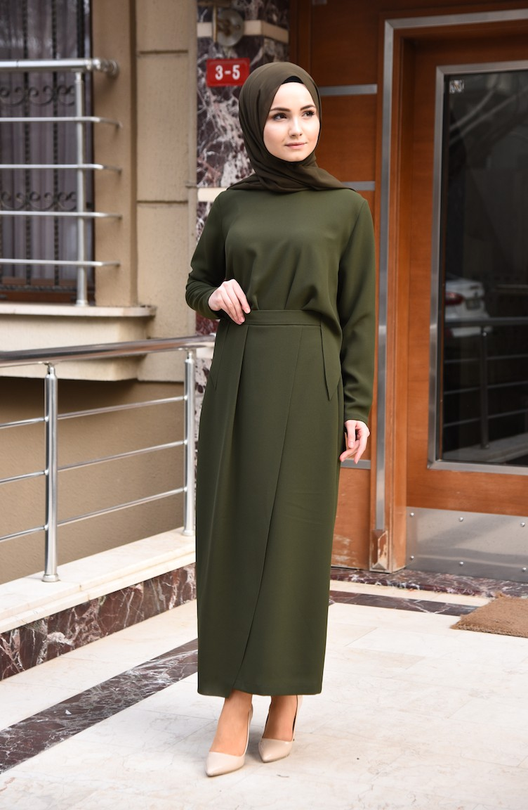 974c38b62 فستان بتصميم مُقطّع بالليزر 0197-01 لون كاكي 0197-01