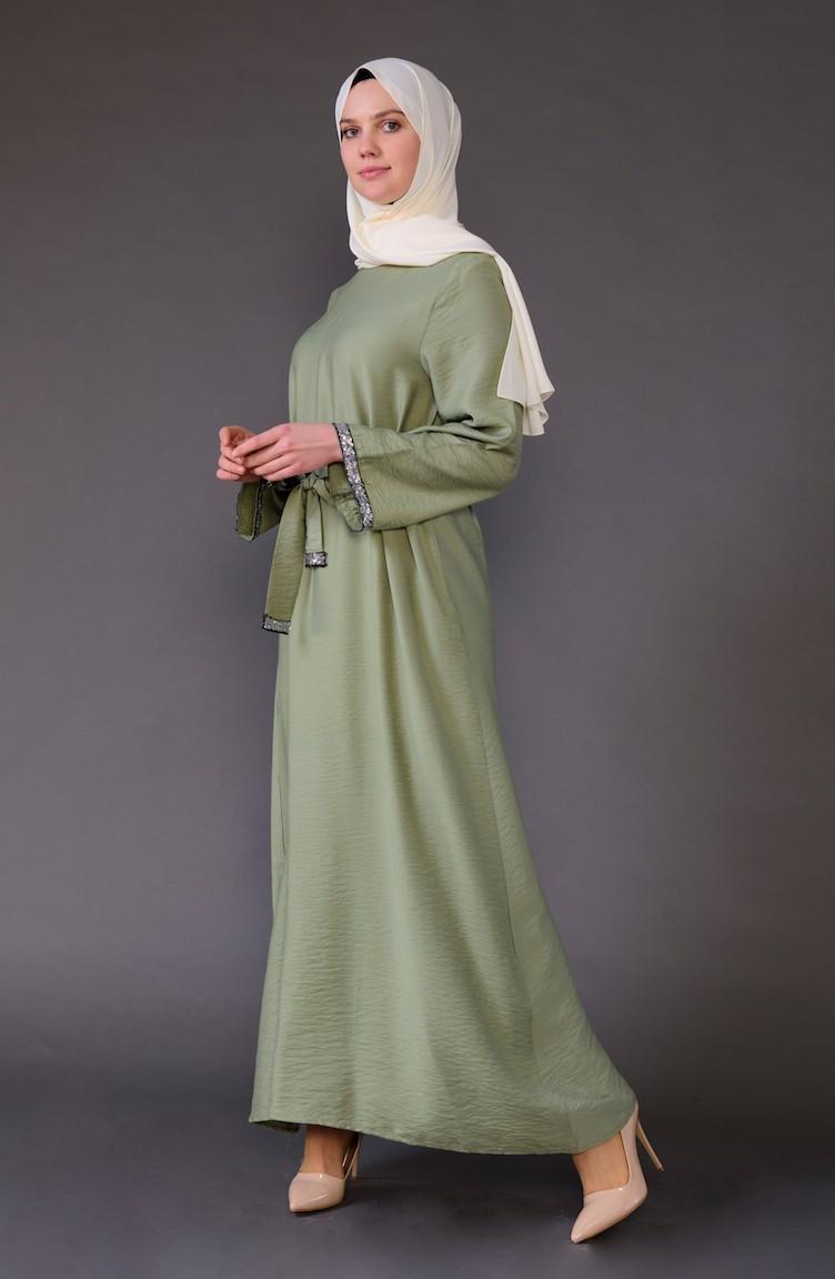 f1021e75161a1 Payet Detaylı Kuşaklı Elbise 5603-04 Yeşil