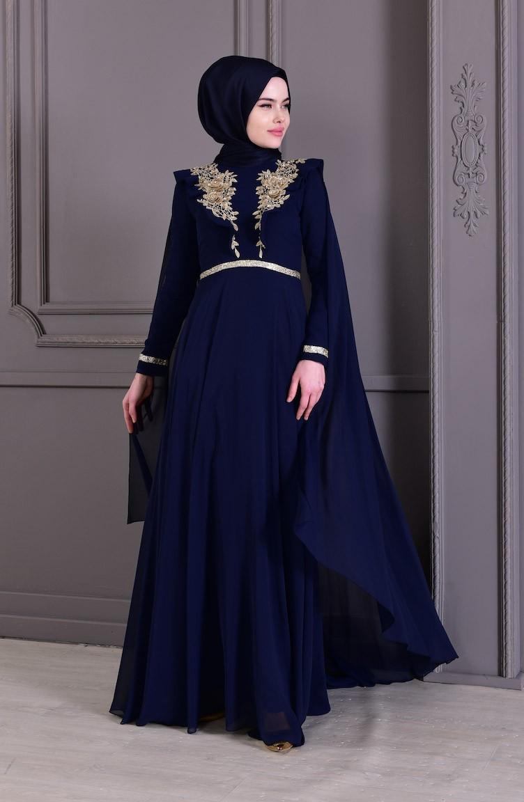 8ff94a09f1bb9 فستان سهرة بتفاصيل من دانتيل8649-01 لون كحلي 8649-01