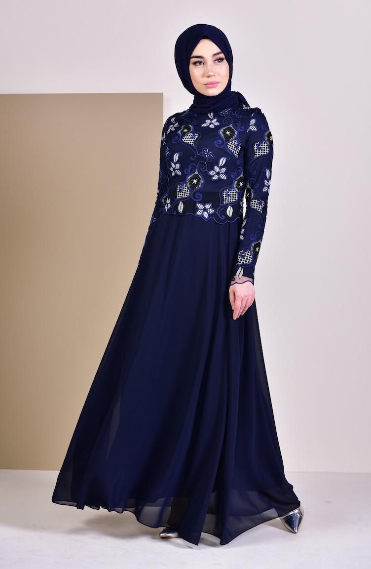 fbf4f48305db2 فستان سهرة بتفاصيل من الدانتيل 8537-03 لون كحلي 8537-03