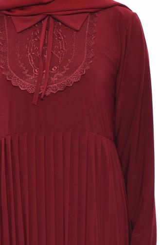 فستان بتصميم طيات مزين بالدانتيل 6189-06 لون خمري 6189-06