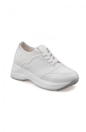 حذاء رياضي نسائي 50129-03 لون أبيض 50129-03