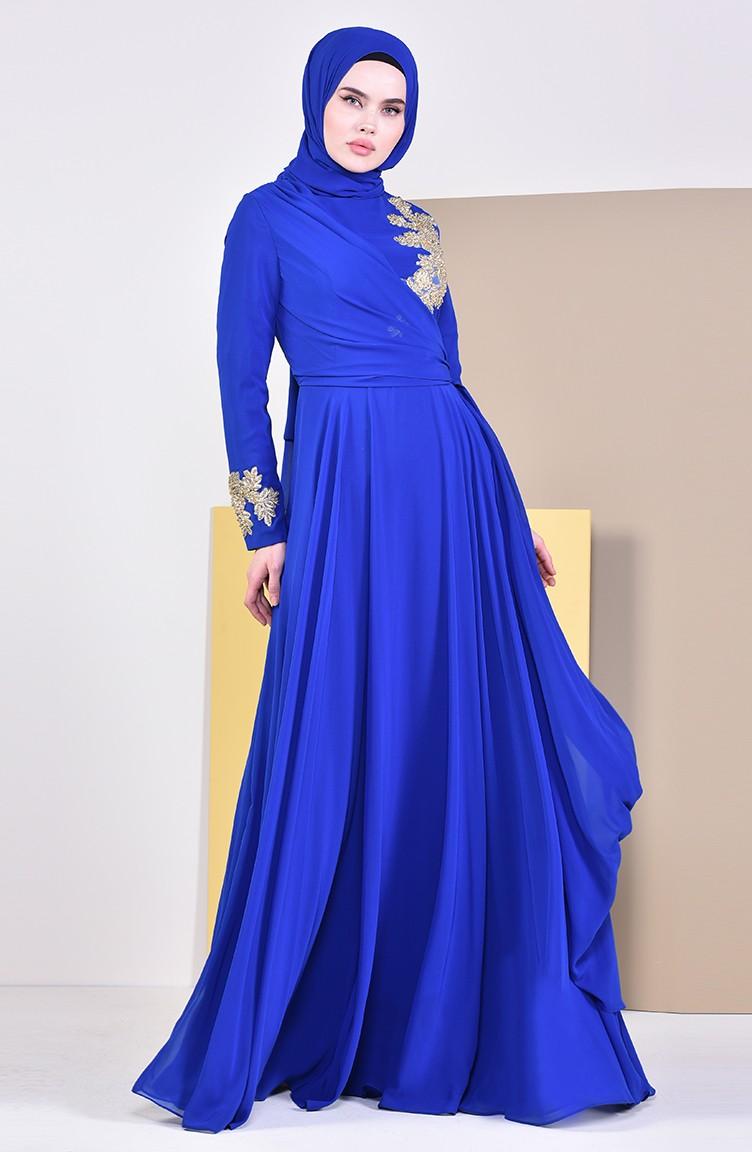 2e3b26f1e9932 فستان سهرة مزين ببروش 6005-06 لون ازرق 6005-06