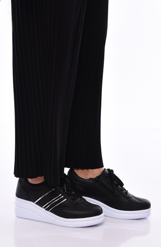 Women´s Sports Shoes  0101 Black White Leather 0101